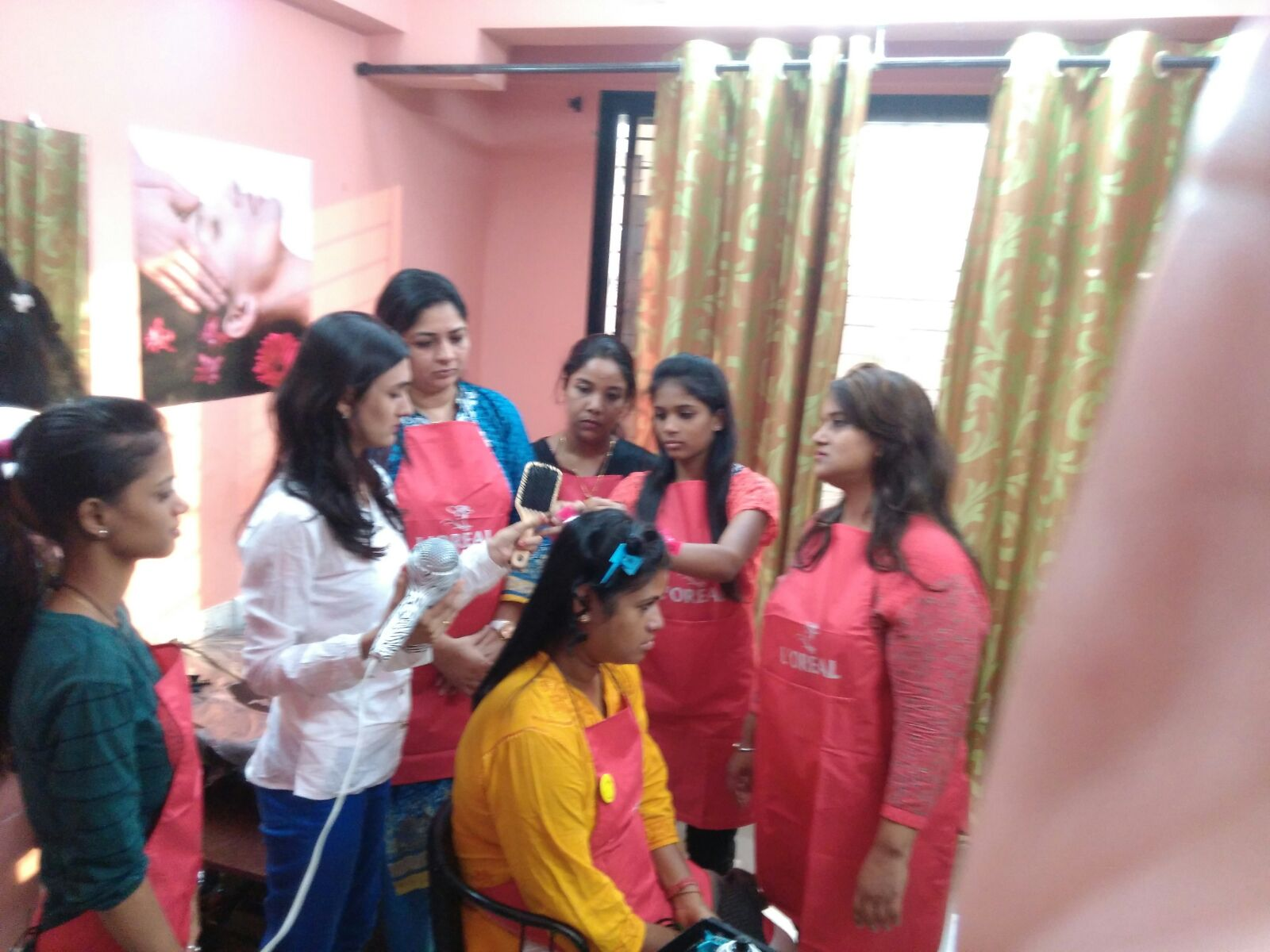 Government beauty parlour course in delhi